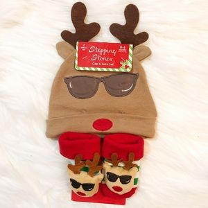 NWT Stepping Stones Reindeer Hat and Sock Set 0-6m